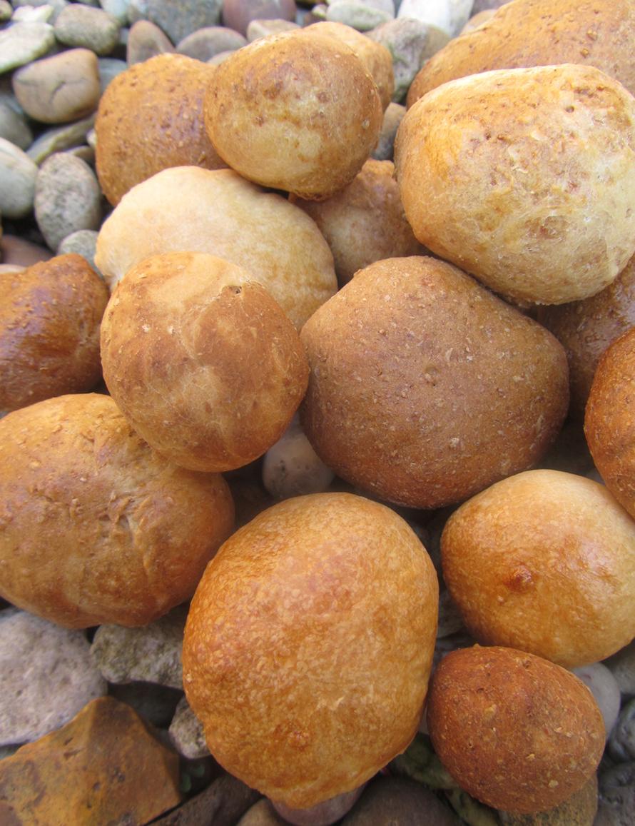 bread pebbles