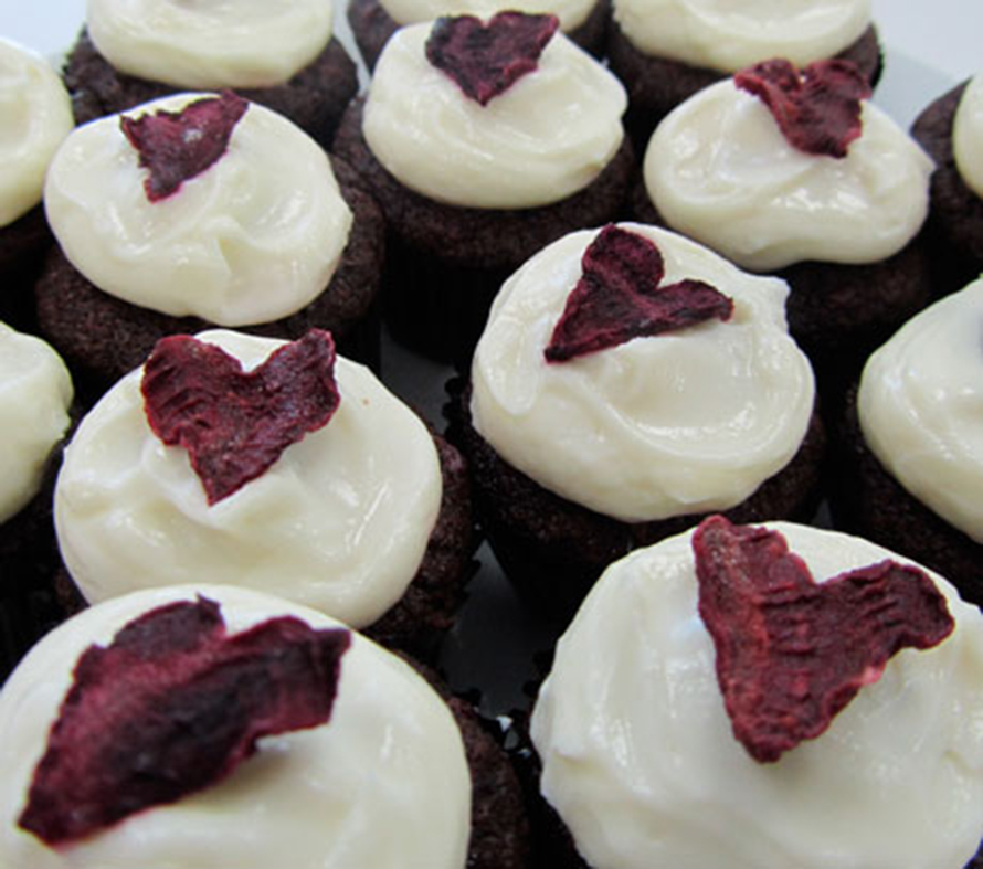 beetroot heart cupcakes