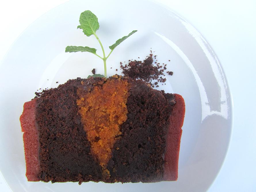 carrot cake plate