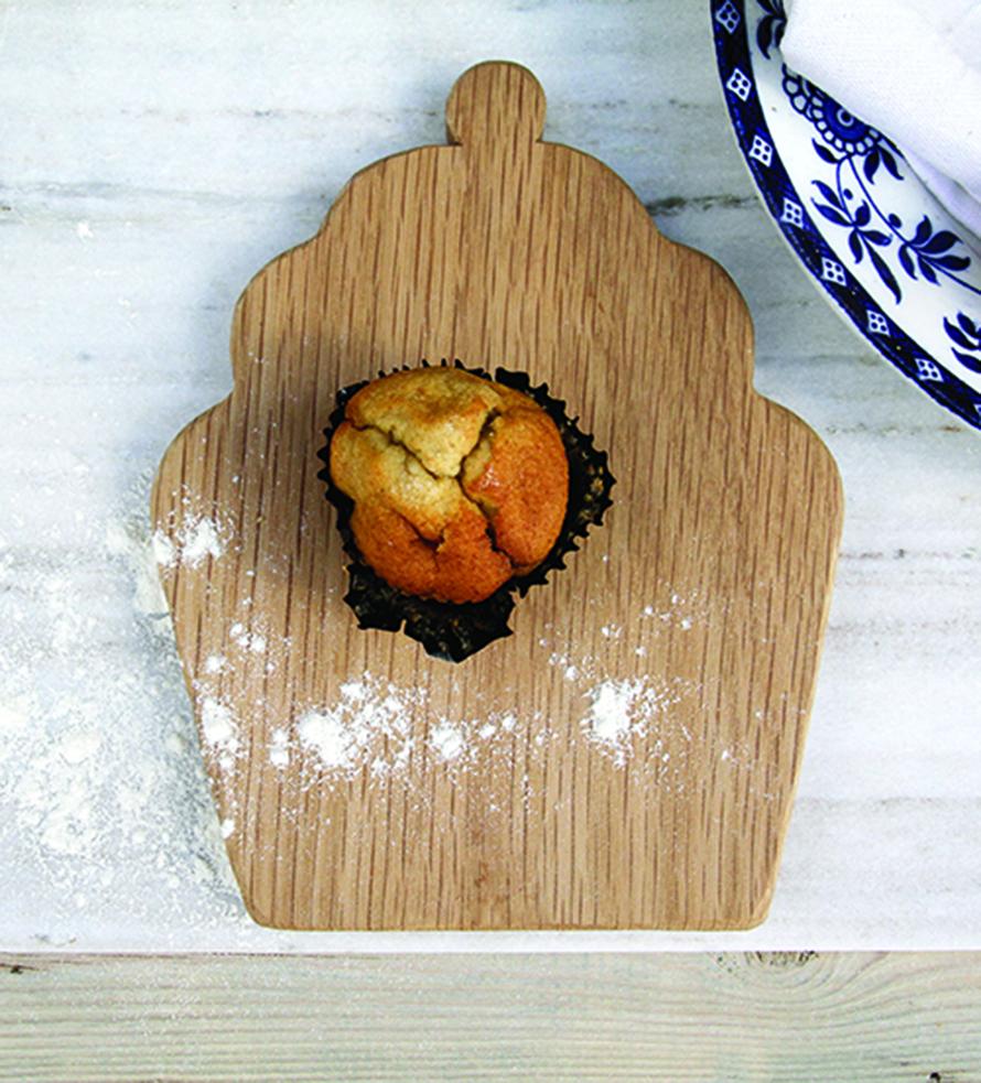 Cupcake treat board CROP