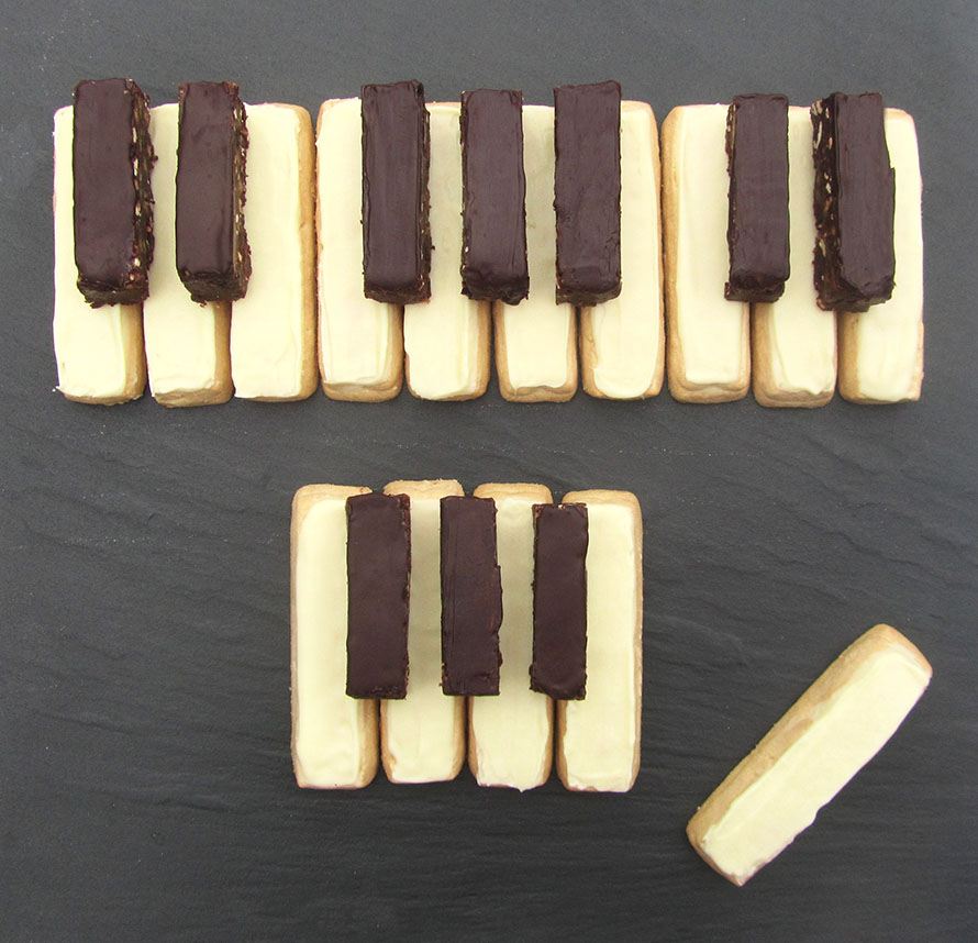 piano shortbread blog