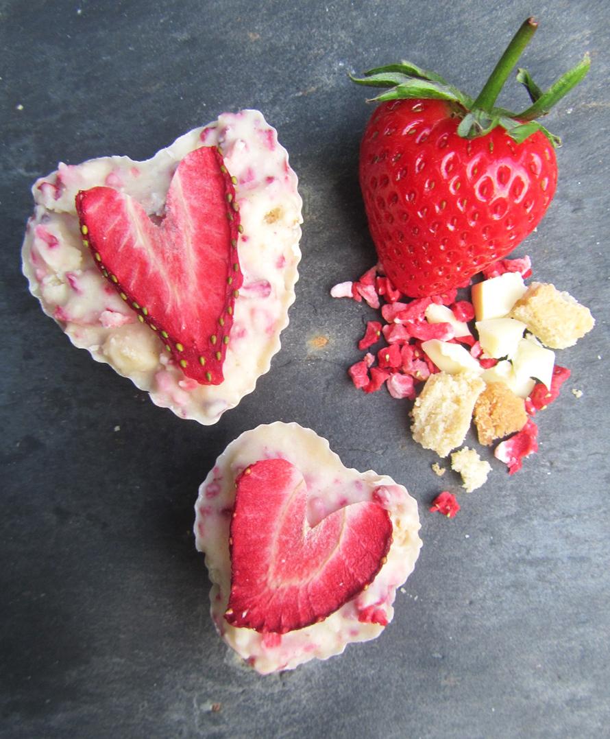 strawberry tiffin hearts