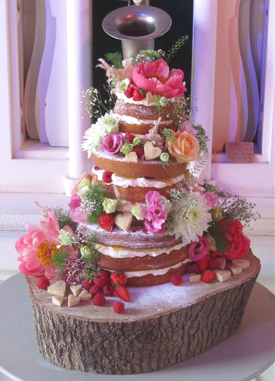 G&G WEDDING CAKE BLOG